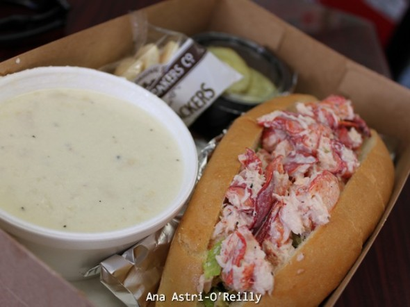 Lobster roll y clam chowder